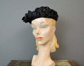 Vintage 1950s Black Straw Hat with Straw Ball, fits 21 inch head