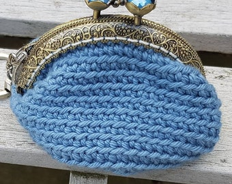 Pretty Blue, Kiss Clasp Coin Purse Keyring