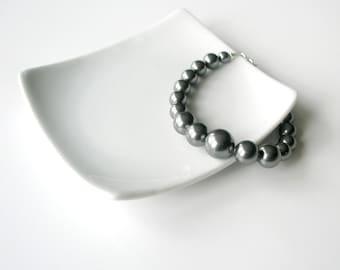 Dark Gray Pearl Bracelet, Chunky Pearl Bracelet, Grey Pearl, Swarovski, Large Pearl Bracelet, Beaded Bracelet, Modern jewelry, Handmade