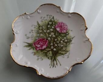 Vintage Norcrest Hanging Plate