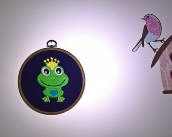 Kids baby room painting frog embroidered