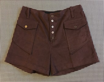 1970's, buttonfly, shorts, in dark brown, Women's size Large/XL