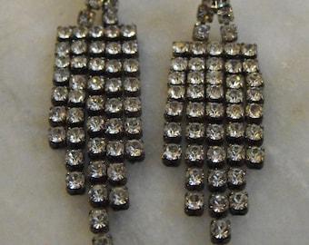 Rhinestone Dangle Pierced Earrings Vintage