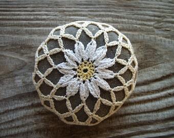 Crochet Rock ~ Crochet Stone ~ Crocheted River Rock ~ Lace Stone ~ Hand Crocheted ~ Montana River Rock ~ Daisy
