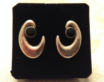 Sterling silver earrings with black stones, 1980 vintage, art deco style