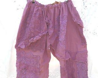 Vintage crochet plus size bloomers pants dusky pink  trousers regular petite sizes  prairie boho chic festival RitaNoTiara Southern Gothic