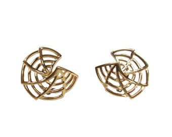 vintage 1980's GIVENCHY web earrings / gold / clip on earrings / spider web Halloween / vintage jewelry / 80s jewelry / costume jewelry