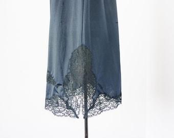 Van Raalte 50s Suavette Half Slip Exquisite Lace Hemline Large