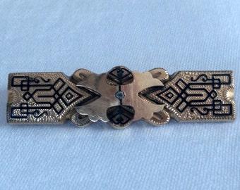 Art Deco brass bar pin