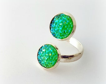 Absinthe green double ring, green druzy ring