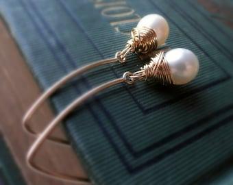 Pearl earrings, modern freshwater pearl earrings, wire wrapped, bridesmaid, bridal, wedding, long gold earrings, teardrop pearls, Otis B