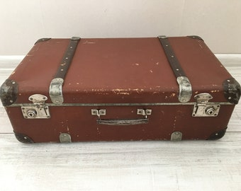 Antique suitcase - Vintage suitcase - Vintage Luggage - Vintage travel suitcase - Old suitcase - retro suitcase - Distressed suitcase