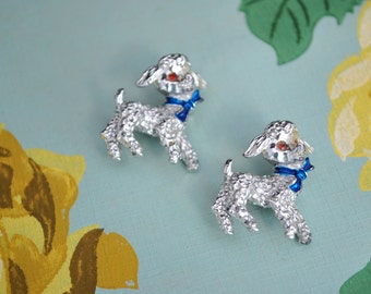 Vintage 1950s lamb pins, matching pair with blue bow, scatter pins, baby sheep, In like a lamb