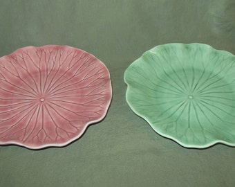 Metlox Potteries Lotus plates 8 1/4 set of 2 Pink Green California Pottery