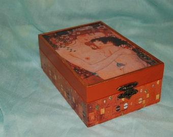 Tea box - Gustav Klimt