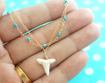 Layered Shark Tooth Bracelet, Dainty Gold Anklet, Beaded Turquoise Bracelet, Delicate Layered Anklet, Wire Wrapped Boho Beach Jewelry