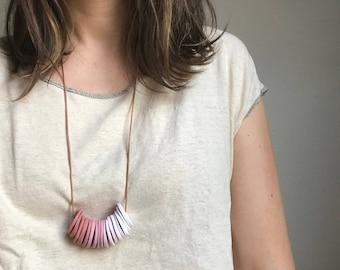 Adjustable Length Pink Ombre Disc Necklace