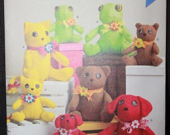 Simplicity 8442  Elaine Heigl Designs  Felt Stuffed Animals in Two Sizes