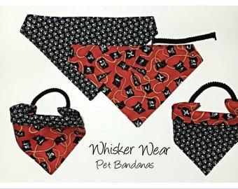 reversible dog scarf, trendy digs wear, dog bandana, pet scarf, pet bandana, pet attire, pet clothing,summer, reversible, skulls, pirates