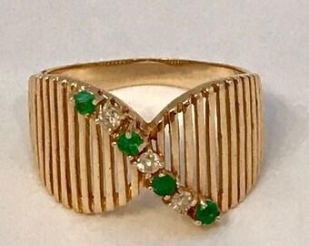 Vintage 14k emerald and diamond ring