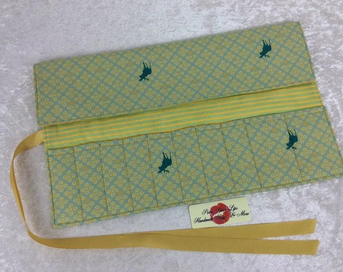 Moose Makeup Pen Pencil Roll Crochet Knitting needles tool organiser Make up holder case wrap