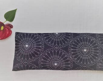 Valentine Gift, 100 % organic Eye Pillow, Boyfriend Gift, Husband Gift, Wife Gift, Girlfriend Gift, Aromatherapy, Sleep Aid, Migraine, Heart