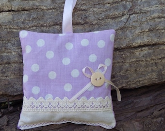 Purple Bio Organic Lavender Sachets in cotton and linen  Scented Pillows - Vintage Lavender bags with lace