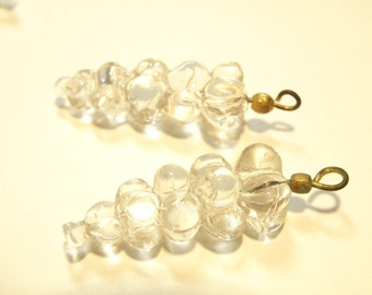 50% OFF -- DESTASH -- One (1) Transparent Clear Vintage (??) Glass Cluster Drops Charm
