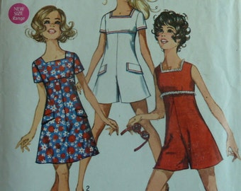 Vintage 1960s Simplicity sewing pattern 8215 dress pantdress