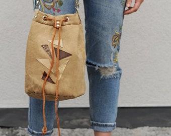 bucket bag/beige bag