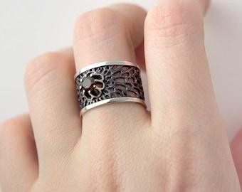 Wide Organic Ring, Statement Ring, Cut Out Ring, Minimal Ring, Gem Stone Ring, Textured Ring, Smoky Quartz Gemstone, Band Ring