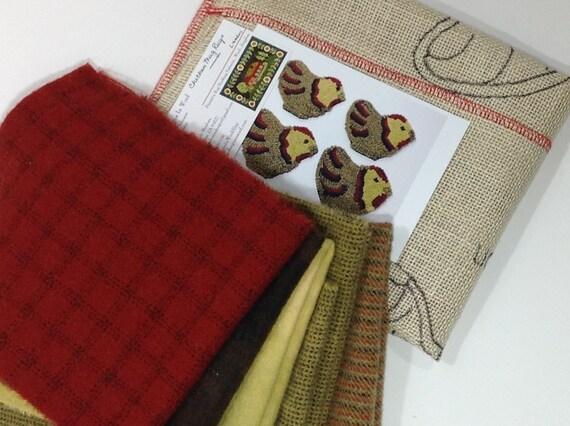 Rug Hooking Kit, Chicken Mug Rugs KIT, K102, Folk Art Chickens,  Chicken Coasters DIY