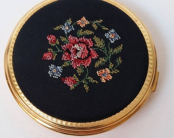 Vintage  Petit Point Compact, with Roses, Summer Flowers, With Powder, Sieve and Puff, Germany, 1950s