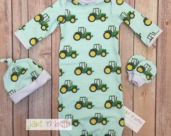 Baby gown, knot hat, and no scratch mittens, newborn set, neutral, green tractors