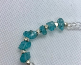 Apatite nugget and green/clear seed beaded bracelet
