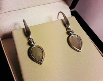 Handcrafted sterling silver 925 earrings with Moonstone