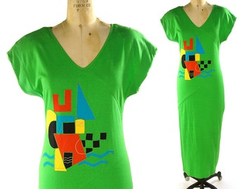 1980s T-Shirt Dress / Vintage Cotton Jersey Dress with Postmodern Pop Art Applique / Grass Green Ankle Length Short Sleeve Dress