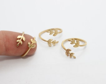 10 Pcs Raw Brass Flower Rings, 16-17mm Adjustable Ring, Brass Adjustable Ring , LA25