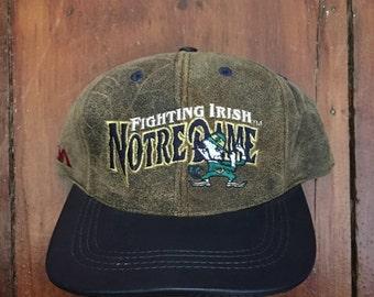 Vintage Notre Dame NCAA Leather Brim Snapback Hat Baseball Cap