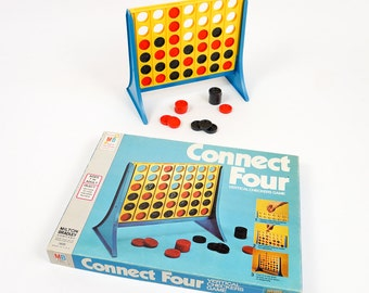 Vintage 1970s Game / Milton Bradley Connect Four Vertical Checkers Game 1977 Complete VGC / Game for All Ages
