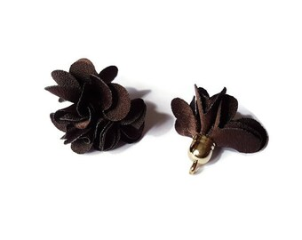 Brown fabric tassel
