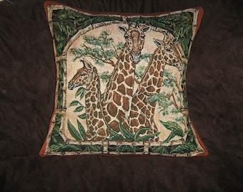 GIRAFFE Tapestry Pillow Cover
