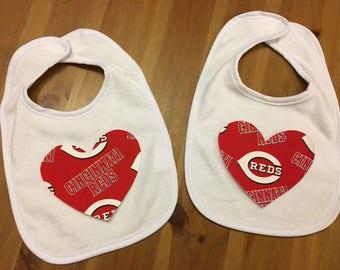 Cincinnati Reds Heart Bib