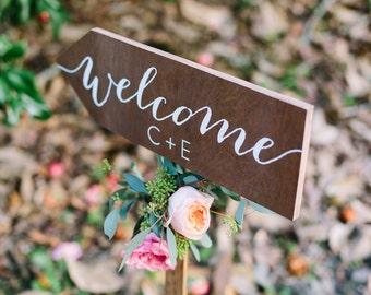Wedding welcome sign, wedding arrow sign, wedding direction sign, directional sign, arrow welcome sign, Wooden Wedding Signs