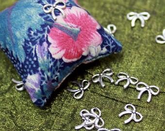 vintage ribbon charms
