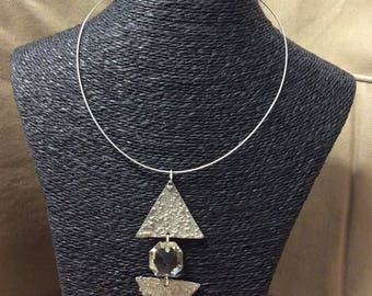 Necklace on cable stainless steel triangles