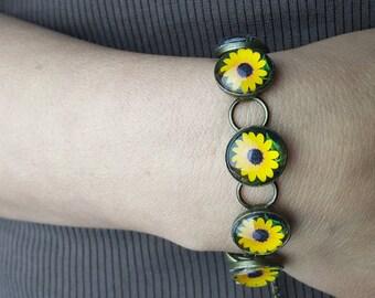 Sunflower Bracelet in Gunmetal Finish with Round Glass Cabochons Photo Jewelry Photo Bracelet Sunflower Jewelry Nature Jewelry Nature photos