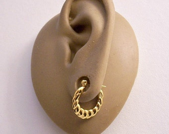 Monet Shrimp Small Hoop Pierced Stud Earrings Gold Plated Vintage Graduated Swirl Ribbed Flat Band Open Round Dangles Surgical Steel Post