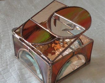 Circle Motif Stained Glass Box