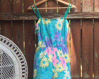 VTG 60s Vibrant Floral One Piece Shorts Romper Swimsuit Sea Waves with Pockets
